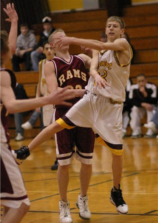 PARCHMENT 54, GALESBURG-AUGUSTA 51. Denver Baker hit three 3-pointers in the